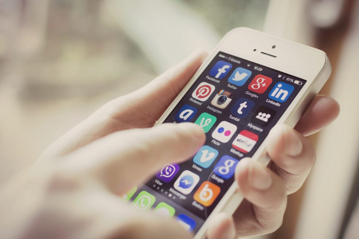 social media for brokers
